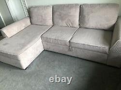 L shaped corner sofa bed In Very Good Condition